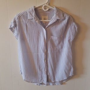 American Eagle button down shirt